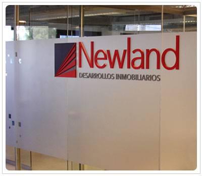 Letras Corporeas Newland